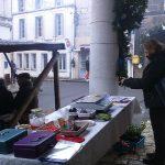 Un petit tour au marché en plein air de Villebois-Lavalette (16)